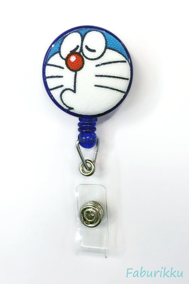 Doraemon Navy Pout Clip-On Badge Reel
