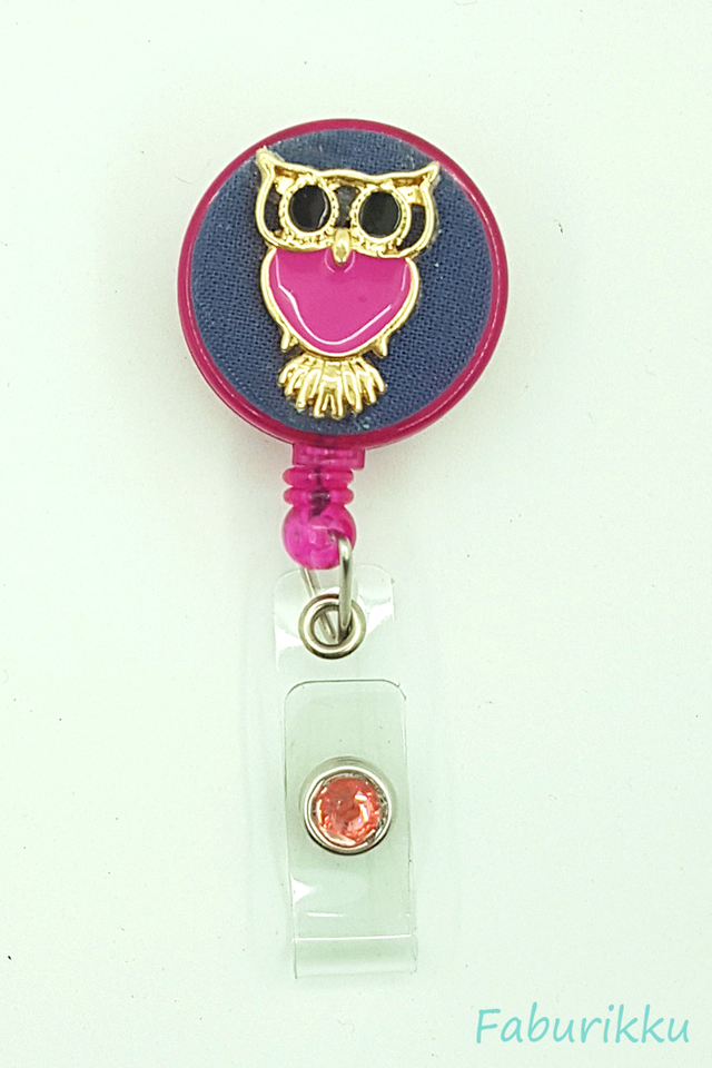 Owl Large NavyFushia Clip-On Badge Reel