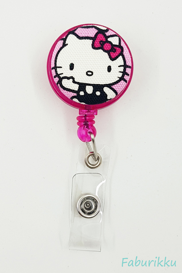 Hello Kitty MagentaHi Clip-On Badge Reel