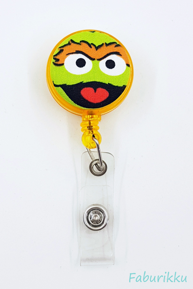 Oscar Yellow Clip-On Badge Reel