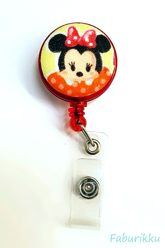 Tsumtsum Minnie Clip-On Badge Reel