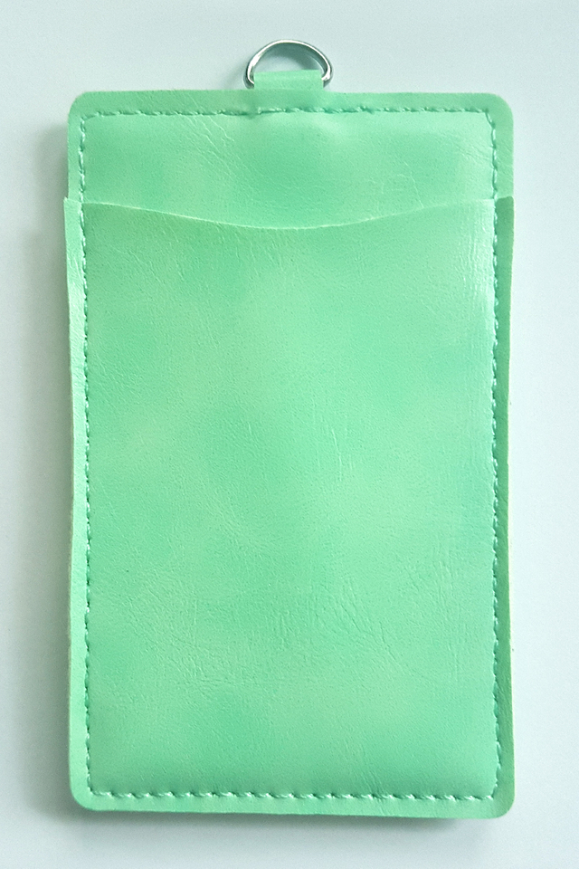 Puffy Deluxe Cardholder Mint