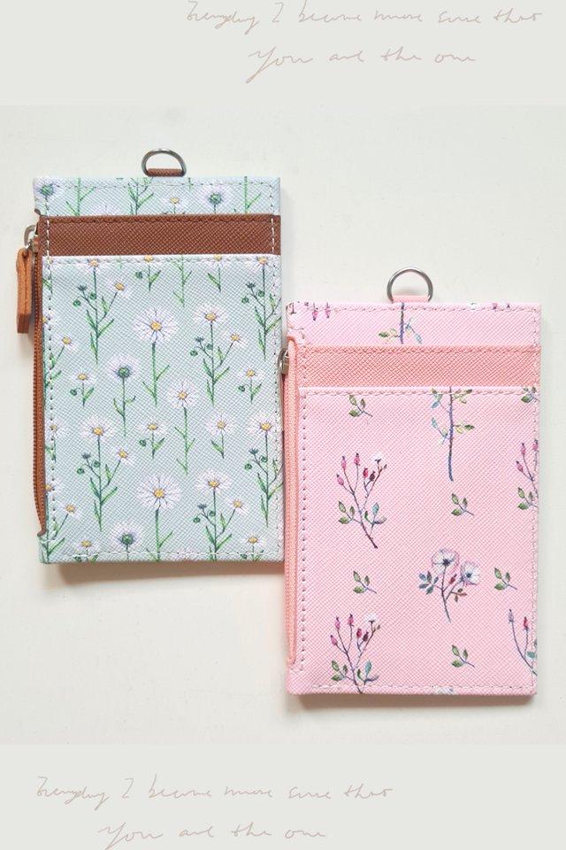 Dainty Floral Zip Premium Cardholder Portrait (2 colours)
